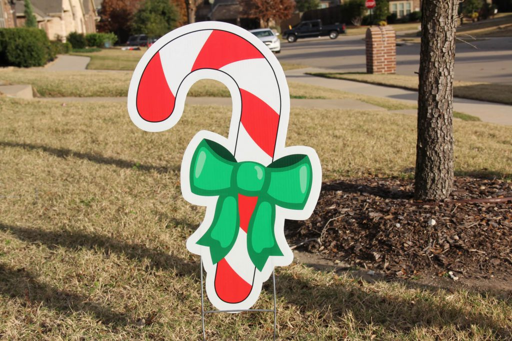 yard graphic of Christmas Candy Cane