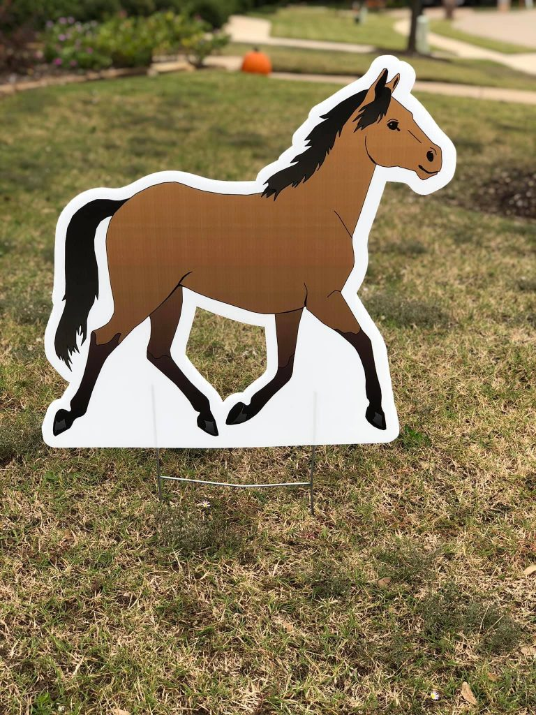 Lawn graphic of horse