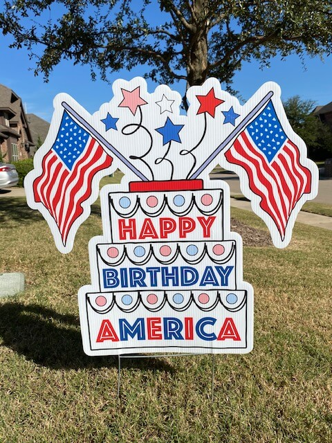 "birthday cake that says ""happy birthday america"""