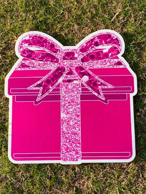 Pink box with pink sparkly bow